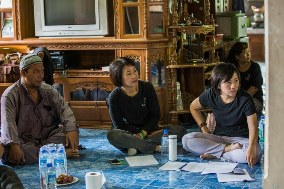 In Mae Sot, a local community leader shared  the SEZ's impact on her community.