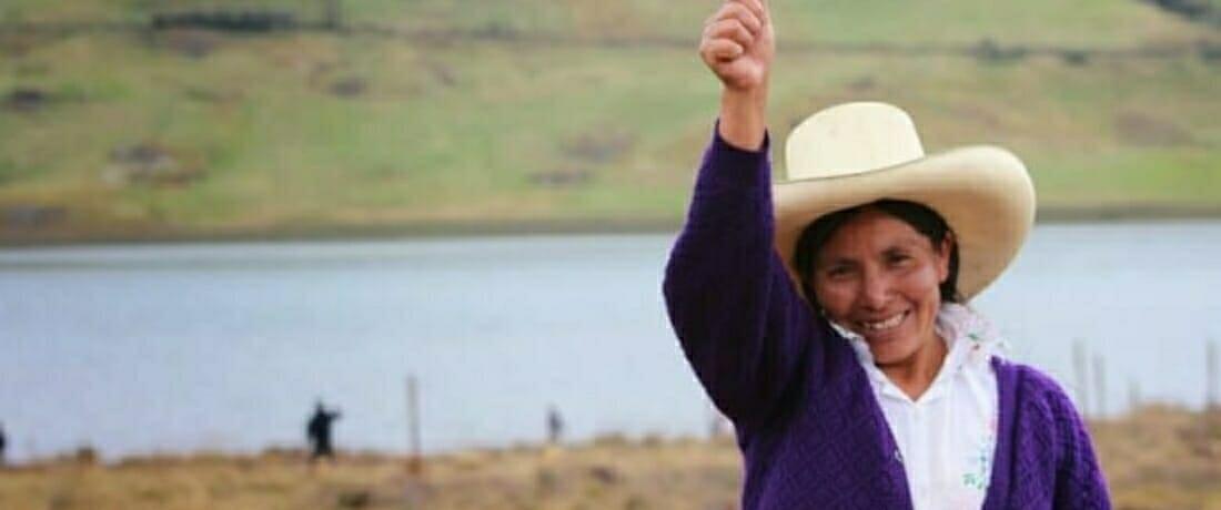 Lideresas indígenas en Perú: cuerpos contra la minería