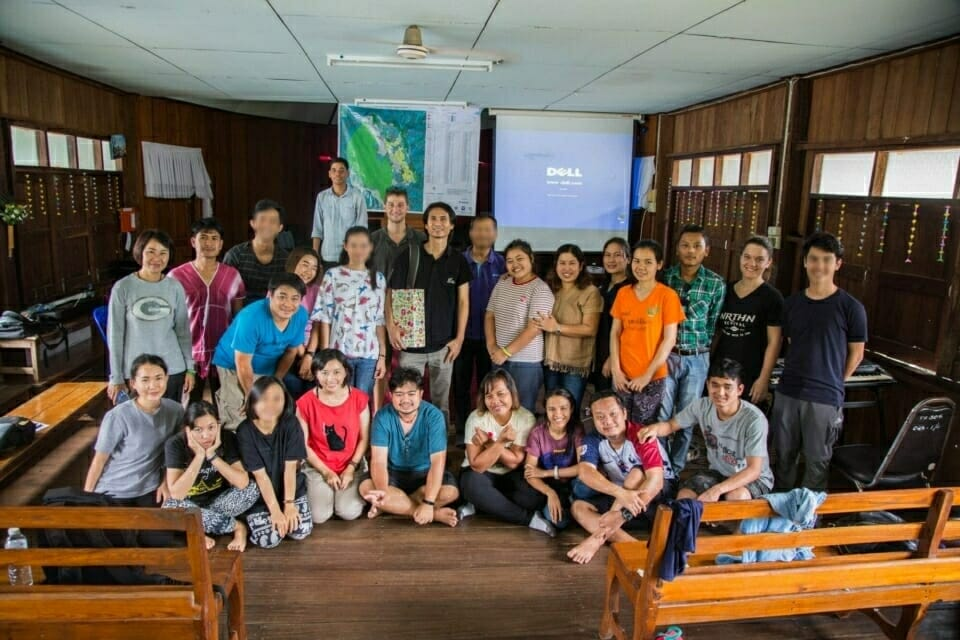 ERS students discussed with Suwichan Phatthanaphraiwan, an indigenous Karen Pakayaw lecturer at Bodhivijjalaya College Srinakharinwirot University in Bangkok, about the SEZ projects' impacts on different communities in Southeast Asia.