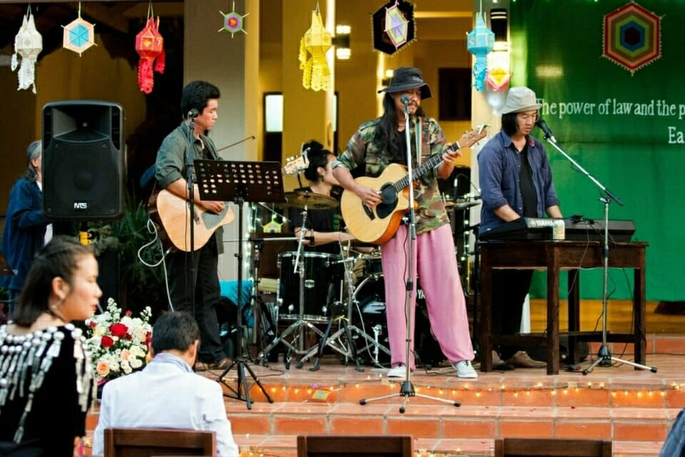 Lueb Paa Band - Naka Studio, a well known Thai artist and activist group, lead by Niwat Roykaew, Kru Tee, founder and chair of the Chiang Khong Conservation Group, performed at the students' graduation.