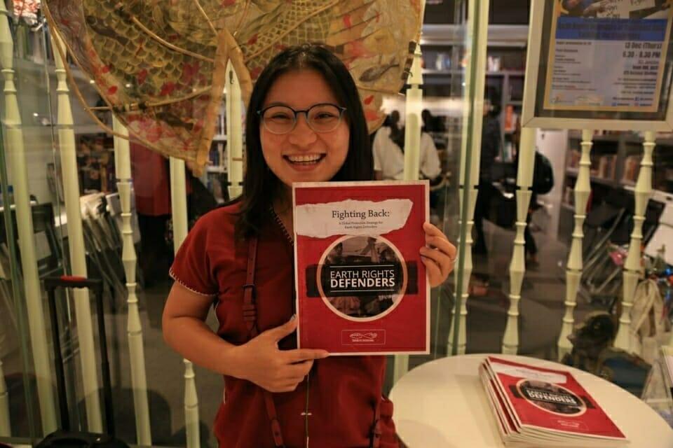 Mueda Nawanat, Bertha Justice Fellow in ERI's Chiang Mai office, showcases the new report.
