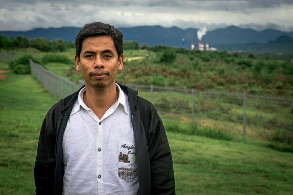An EarthRights School student from Cambodia on their visit to the Mae Moh coal power plant area.
