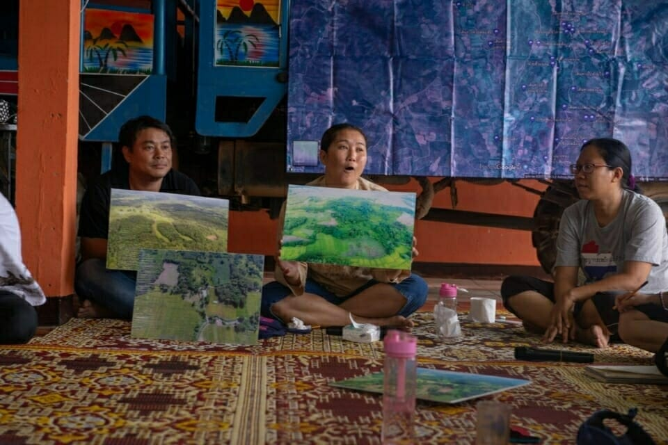 The EarthRights School students then traveled to Ban Haeng, a community in northern Thailand standing up against a mining company that is trying to develop deposits of lignite coal in their area. Waewrin Buangern leads the anti-coal mining campaign in Ban Haeng.