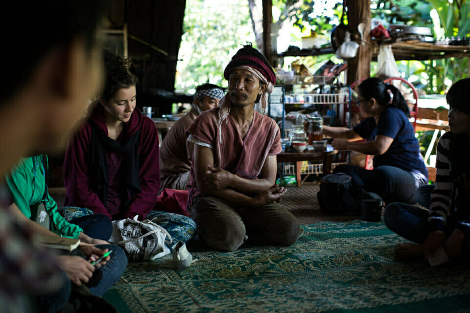 EarthRights School Mekong students meet community leaders in Nong Tao Village. Prue Odochao, the son of the community leader in Nong Tao Village, traveled to Europe to represent Thai indigenous communities. Rather than capitalizing on education and nature, he believes in collective education in nature.