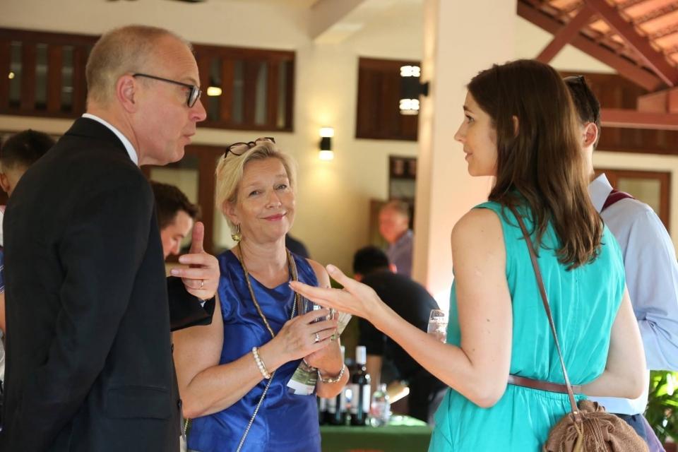 Swedish Ambassador Staffan Herrström talks with ERI supporters.