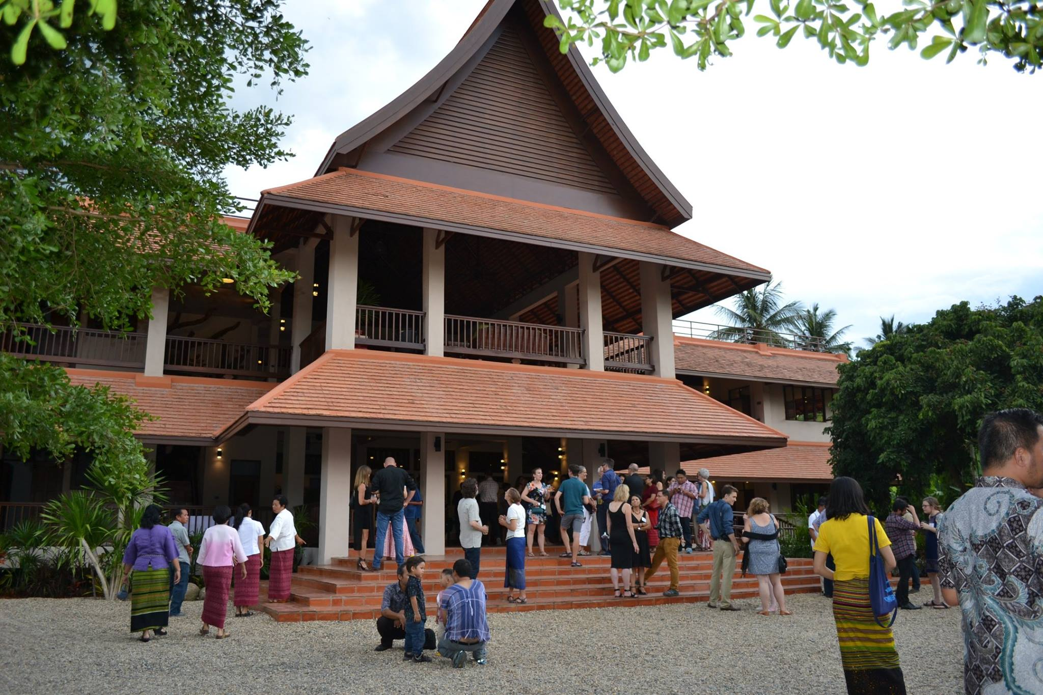 Friends and supporters explore the Mitharsuu Center, the new home for the earth rights movement in Chiang Mai.